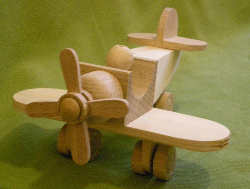 Как сделать простой самолет из дерева
