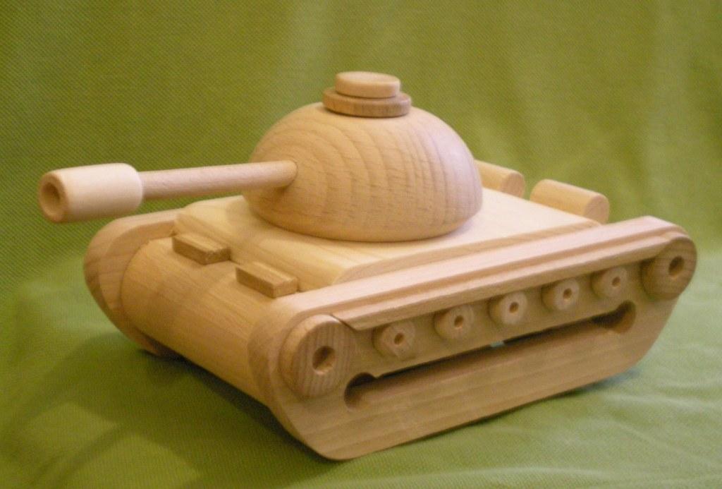 Сделать танк из дерева